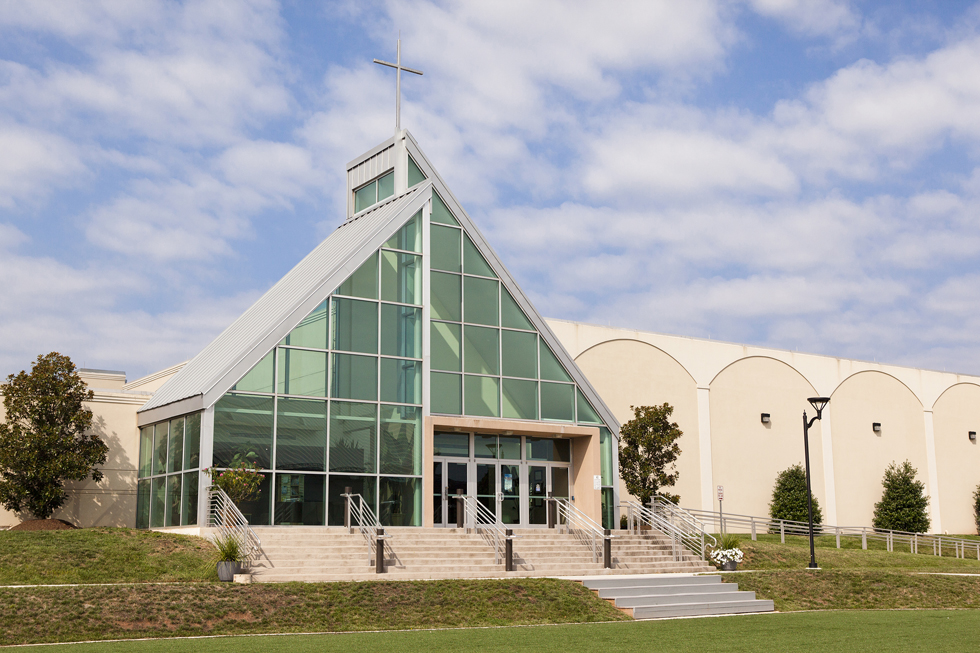 Open Door Presbyterian Church (ODPC) is located in Herndon Virginia. The ODPC consists of two churches installed on the same Herndon c&us. & Open Door Presbyterian Church upgrades its A/V system with Analog Way